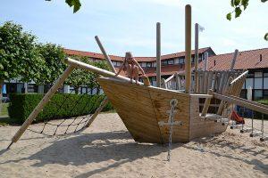Westende vakantiewoning zandbak speeltuin